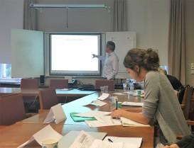 Rune Halvorsen presenting